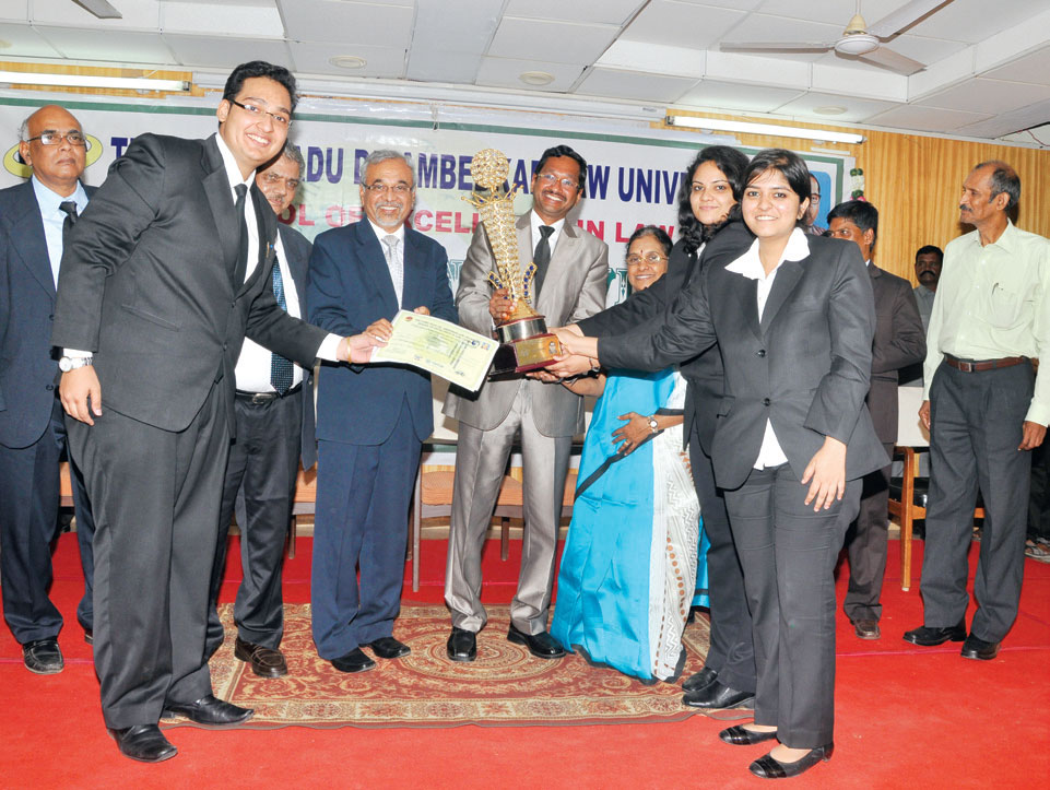 Interview with the Winners of the Pro Bono Moot Court Competition 2013 (SLS Pune)