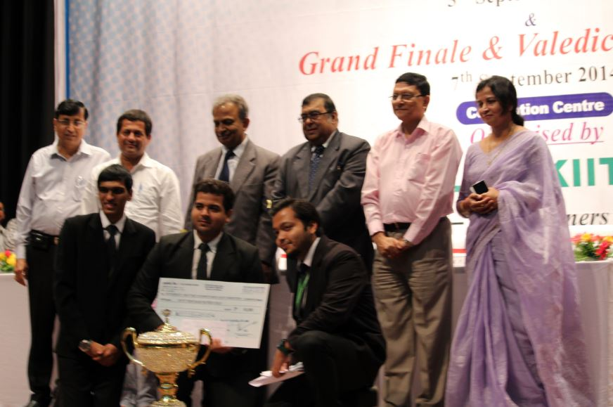 Interview with the RGNUL Team, Runners-up @ KIIT Moot  2014: <i> A worm's-eye view of what makes magnificent mooters </i>