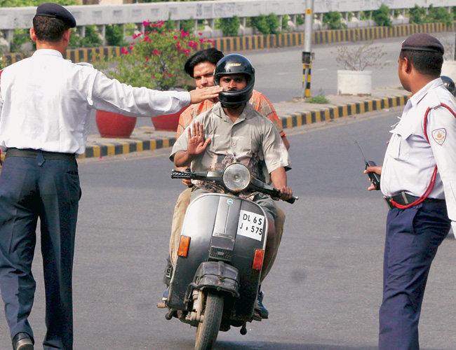 traffic fines in delhi, traffic penalty in delhi