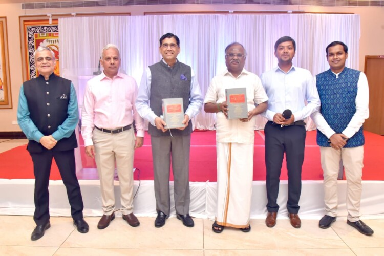 Arvind Datar and Other Dignataries Releasing the Book